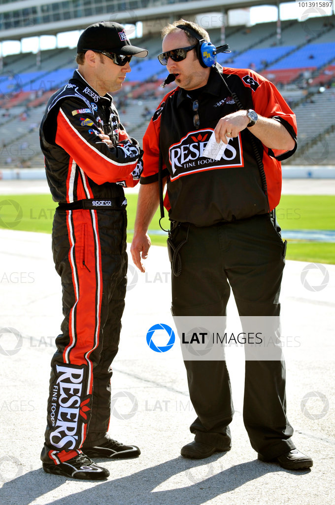 11-12 April, 2013, Fort Worth, Texas USA Matt Kenseth, RESERS Toyota Camry and Matt Lucas ©2013, Nigel Kinrade LAT Photo USA