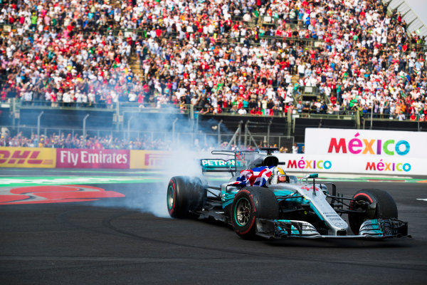 Autodromo Hermanos Rodriguez, Mexico City, Mexico. Sunday 29 October 2017. Lewis Hamilton, Mercedes F1 W08 EQ Power+, performs donuts after the race in celebration of securing his 4th world drivers championship. World Copyright: Sam Bloxham/LAT Images  ref: Digital Image _J6I0557