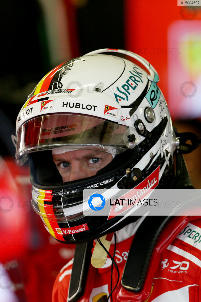 Autodromo Hermanos Rodriguez, Mexico City, Mexico. Friday 27 October 2017. Sebastian Vettel, Ferrari. World Copyright: Charles Coates/LAT Images  ref: Digital Image DJ5R8778