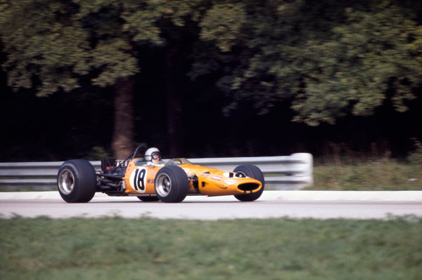 Monza, Italy. 7 September 1969 Bruce McLaren (McLaren M7C-Ford), 4th position, action World Copyright: LAT Photographic. Ref: 69ITA10.