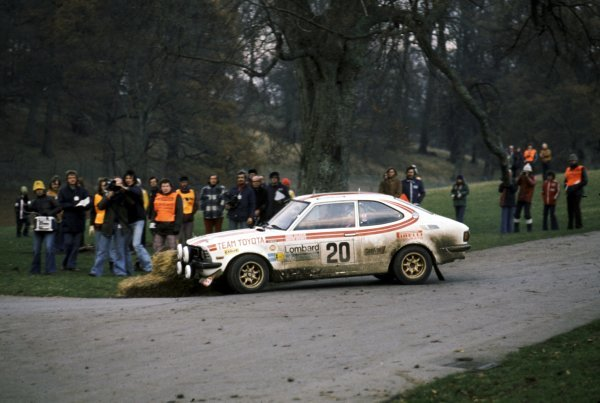 Chris Sclater (GBR) with co-driver Martin Holmes Toyota Corolla. 