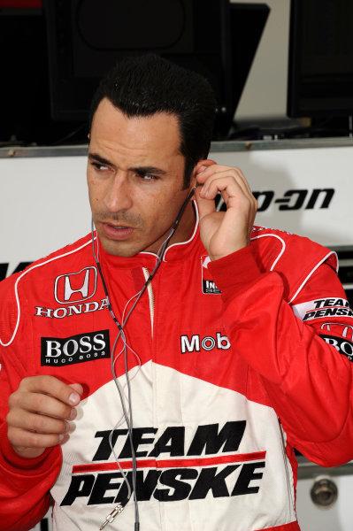 Helio Castroneves (BRA), Team Penske, finished second.IndyCar Series, Rd3, Road Runner Turbo 300, Kansas Speedway, Kansas, USA. 25-26 April 2009.