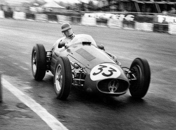 Silverstone, Great Britain. 17th July 1954.Onfore Marimon, Maserati 250F, 3rd position, action.World Copyright: LAT PhotographicRef: 213/11