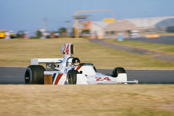 1975 Argentinian Grand Prix  Buenos Aires, Argentina. 10-12th January 1975.  James Hunt, Hesketh 308B Ford, 2nd position.  Ref: 75ARG08. World copyright: LAT Photographic