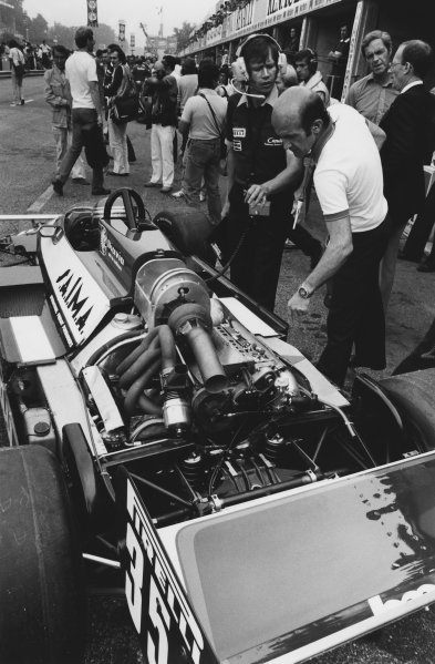 1981 Italian Grand Prix. Monza, Italy. 11th - 13th September 1981. Brian Hart, Engine Supplier, looks over Brain Henton's Toleman TG181-Hart in the pits, portrait.  World Copyright: LAT Photographic. Ref:  B/W Print.