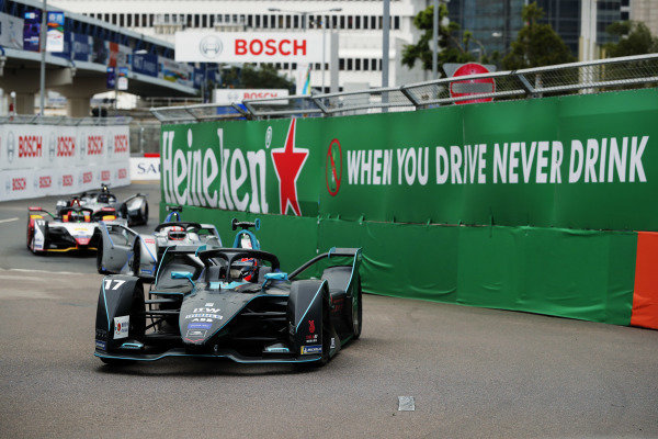 Gary Paffett (GBR), HWA Racelab, VFE-05 leads Edoardo Mortara (CHE) Venturi Formula E, Venturi VFE05