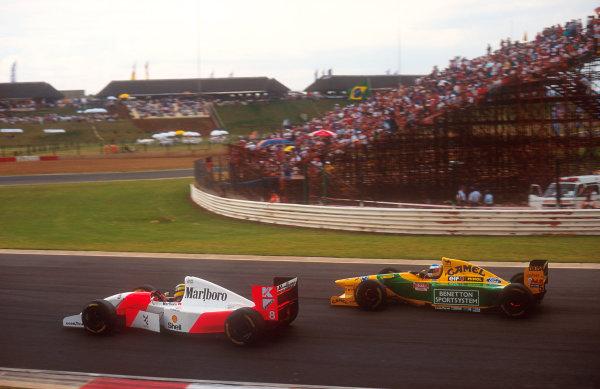 1993 South African Grand Prix.Kyalami, South Africa.12-14 March 1993.Ayrton Senna (McLaren MP4/8 Ford) followed by Michael Schumacher (Benetton B192B Ford). Ref-93 SA 08.World Copyright - LAT Photographic