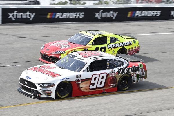 #98: Riley Herbst, Stewart-Haas Racing, Ford Mustang Go Bowling, #19: Brandon Jones, Joe Gibbs Racing, Toyota Supra Menards/Atlas