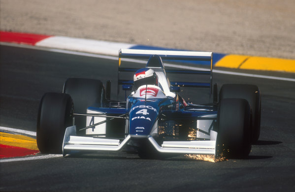 1990 French Grand Prix.Paul Ricard, Le Castellet, France.6-8 July 1990.Jean Alesi (Tyrrell 019 Ford). He exited the race with a differential failure.Ref-90 FRA 20.World Copyright - LAT Photographic